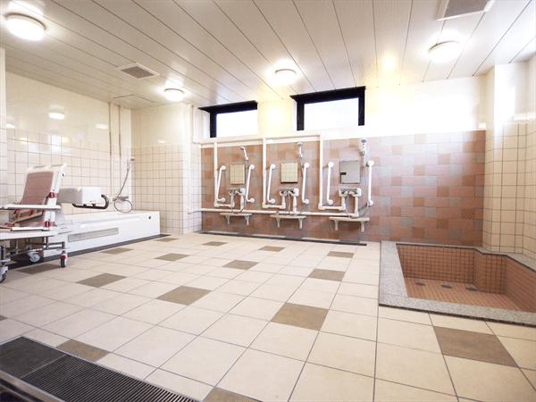 デイサービス浴室